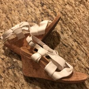 Gianni Bini Wedge Sandals size 8 white cork